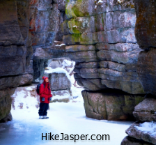 Jasper Ice Walk at Maligne Canyon